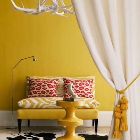 6-10-inspiring-ideas-colourful-living-rooms-yellow-living-room