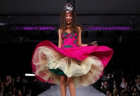 Fashion_Betsey_Johnson_Spring_2013_05_t607